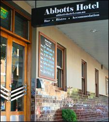 Abbotts Hotel