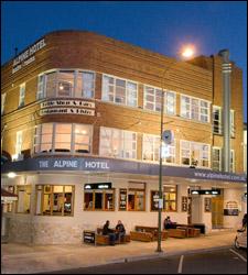 alpine hotel cooma